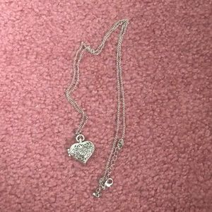 Jewelry - Long heart locket necklace